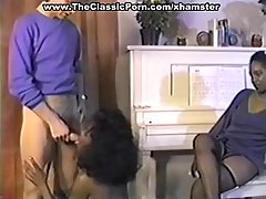 Ebony slut is getting banged after a long time and enjoying every single second of it