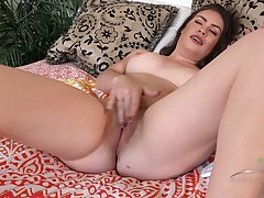 Dirty minded brunette whore Veronica Valentine fingers her twat in a closeup so well