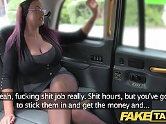 Voluptuous secretary fell for a taxi driver and decided to have casual sex with him