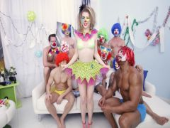The gang of clowns led by the Black dryuchit the magnificent clown in a group sex with double penetration