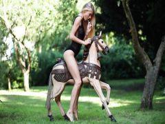 The Russian telka of Nancey masturbates in park