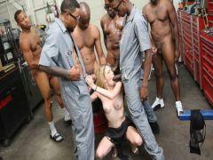 Blacks дрючат narrow holes of Angela Smolls fat members