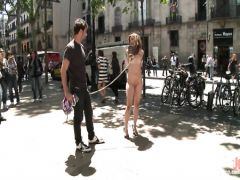 The guy fucks smart to a knot in the face of passersby