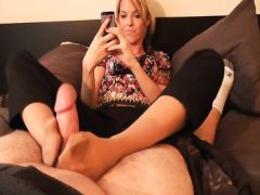 The wife feet brings the husband to an orgasm