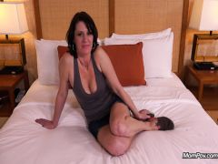 The mature whore on a casting sucks a dirty horse-radish after an anal