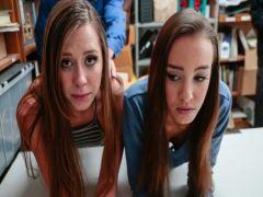 Пара студенток за воровство получает жесткий секс в подсобке
