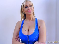 Julia Ann and Cassidy Banks are fucking their personal trainer, instead of doing their workout